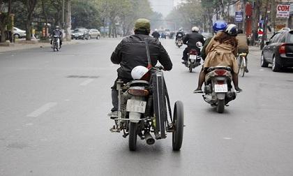 """Chùm ảnh: Xe máy """"quá đát"""" tung hoành các khu phố Hà Nội"""