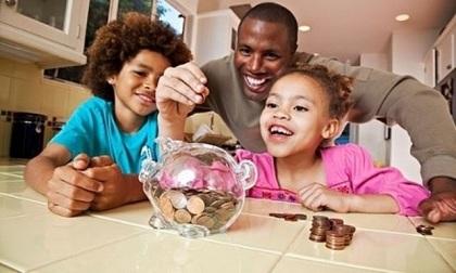 Cách giúp cha mẹ dạy con về tiền bạc