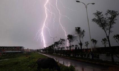 Tin thời tiết ngày 15/3: Bắc Bộ chuyển rét, Nam Bộ mưa dông