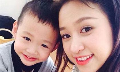 Hành trình 'tìm lại cuộc sống' cho con bị bệnh tật của 2 bà mẹ sao Việt khiến ai cũng nghẹn lòng