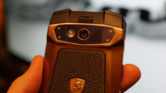 11 smartphone đúng nghĩa sang chảnh, giá đắt... ngớ người - Ảnh 4.
