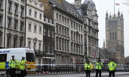 Vụ khủng bố nghiêm trọng nhất 12 năm qua ở Anh: IS nhận trách nhiệm