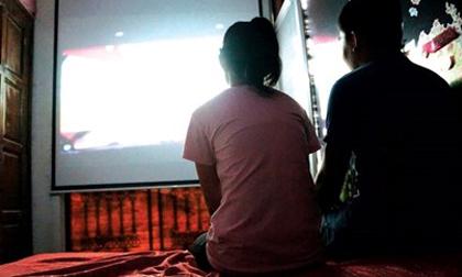 Bé gái 13 tuổi bị bạn trai rủ đi cà phê xem phim HD rồi làm chuyện 'người lớn'