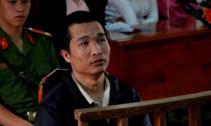 Cả trăm người theo dõi phiên xử kẻ giết ba người rồi phi tang xác