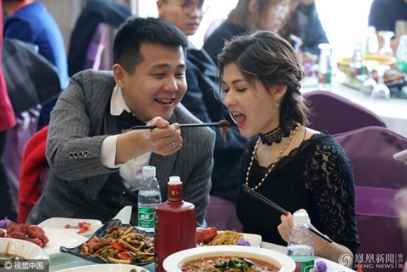 Cô gái Nga xinh đẹp và chuyện tình cổ tích bên chàng trai Trung Quốc không nhà, không xe, không tiền tiết kiệm - Ảnh 6.