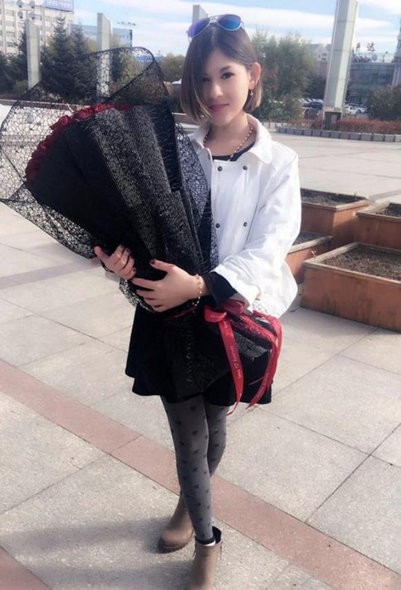 Cô gái Nga xinh đẹp và chuyện tình cổ tích bên chàng trai Trung Quốc không nhà, không xe, không tiền tiết kiệm - Ảnh 1.