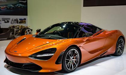 Siêu xe 5,8 tỷ đồng McLaren 720S cập bến Đông Nam Á