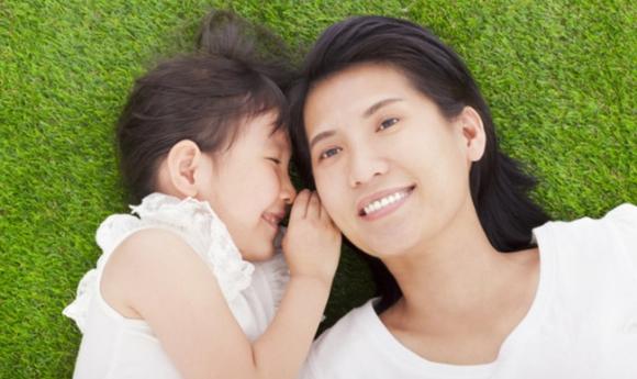 6 mẹo giao tiếp bố mẹ cần biết để trẻ nghe lời răm rắp - Ảnh 4.