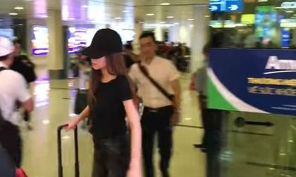 Hồ Ngọc Hà xuất hiện ở sân bay giữa lùm xùm bị Minh Hằng tố chèn ép tại The Face
