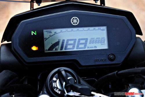 """2017 Yamaha FZ25 có xứng đáng là """"chúa tể đường phố""""? - 7"""