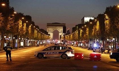 IS nhận trách nhiệm về vụ khủng bố khiến 1 cảnh sát thiệt mạng ở Paris