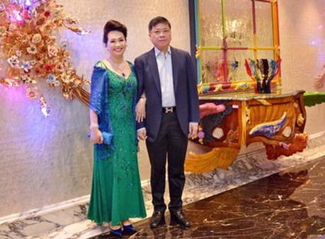 Bà Trương Mỹ Lan và chồng