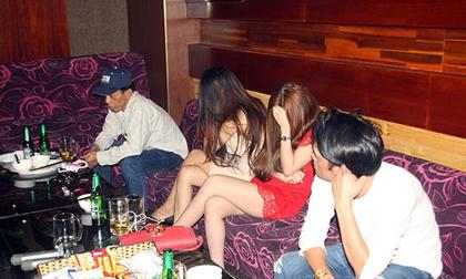 Tạm giữ 17 nam nữ thanh niên dự 'tiệc ma túy' ở Cần Thơ