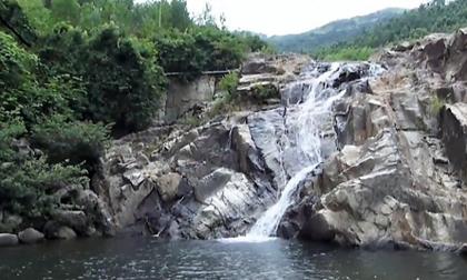 Quảng Nam: Rủ nhau tắm suối, 2 nữ sinh lớp 12 chết đuối