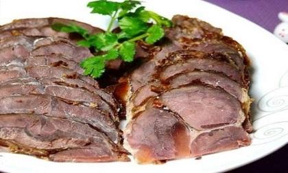 Cách làm bắp bò luộc ngũ vị thơm ngon ngày nóng