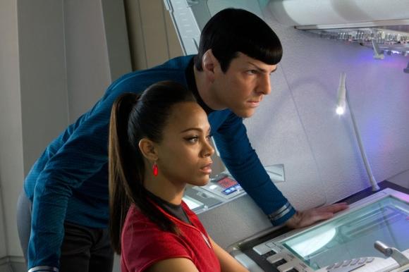 9 mối tình siêu dị giữa con người với người ngoài hành tinh trên màn ảnh rộng - Ảnh 3.