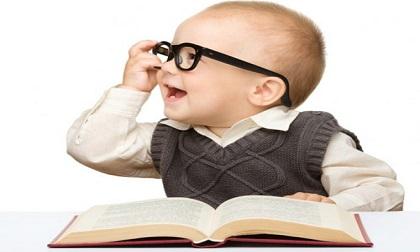 Những mẹo đơn giản phát triển não bộ giúp bé sơ sinh thông minh từ nhỏ