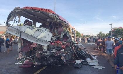Gia Lai: Tai nạn giao thông thảm khốc, ít nhất 10 người tử vong