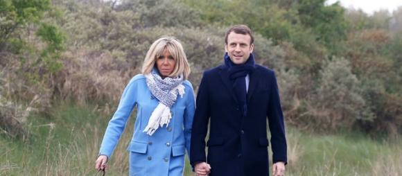 Tiết lộ bất ngờ về thân thế chồng cũ của tân Đệ nhất Phu nhân Pháp  - Ảnh 1.