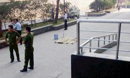 Hà Nội: Người phụ nữ nghi trầm cảm nhảy từ tầng cao chung cư tự tử