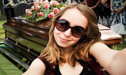 Mốt mới: Livestream đám tang cho bạn bè Facebook cùng xem