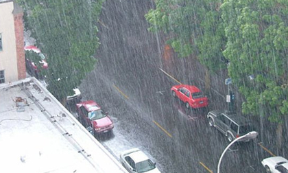 Tin thời tiết 15/5: Hà Nội mưa to
