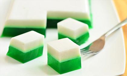 Cách làm thạch rau câu nước cốt dừa lá dứa ngọt thanh, mát lịm