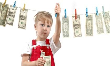 4 bài học về tiền bạc bạn nhất định phải biết khi trở thành cha mẹ