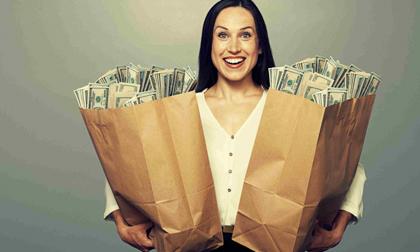 Phụ nữ mà sinh vào tháng này, đời không bao giờ thiếu tiền, có 'lười chảy thây' vẫn giàu có
