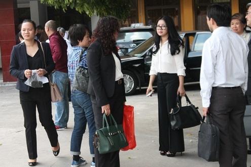 Bà Đặng Thị Ngọc Lan vợ bầu Kiên từng theo học khoa Pháp ở Đại học Ngoại ngữ (nay là Đại học Hà Nội) và nổi tiếng là một trong những hoa khôi Hà thành yêu kiều, duyên dáng nhất. Ảnh Internet