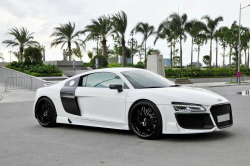 Dân chơi Việt đại hạ giá siêu xe Audi R8 chỉ 3,3 tỷ đồng - 1