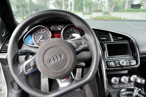 Dân chơi Việt đại hạ giá siêu xe Audi R8 chỉ 3,3 tỷ đồng - 8