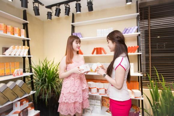 shynh-beauty-khai-truong-295-5-ngoisao.vn-w580-h387 1