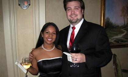 Cặp vợ chồng điều hành ổ mại dâm lớn nhất Houston, Mỹ