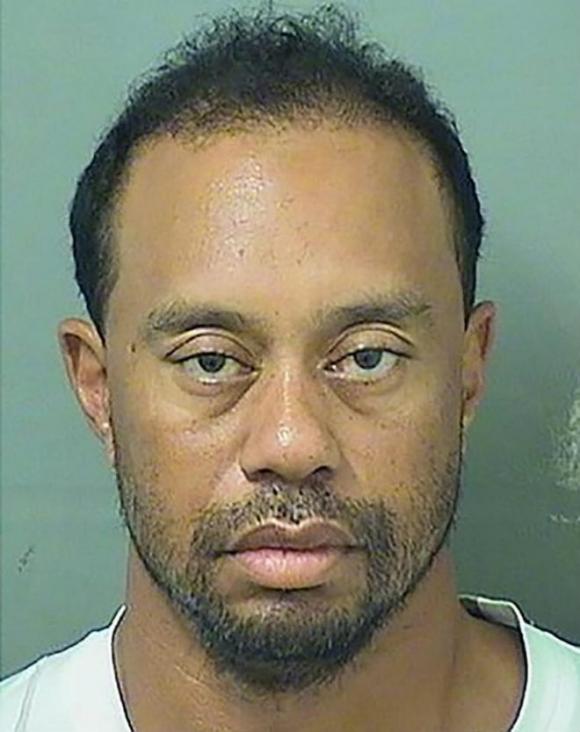 Tiger Woods bị tống giam: Chuỗi bi kịch của tay golf huyền thoại - 1