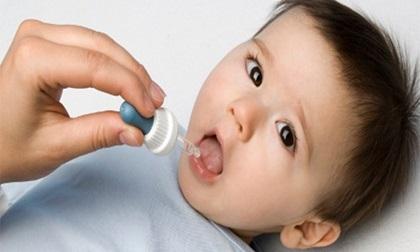 Những sai lầm của mẹ khi cho con uống thuốc khiến bệnh thêm nặng