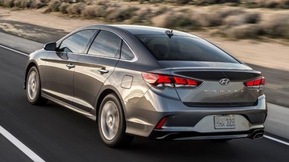 Hyundai Sonata 2018 có giá chỉ từ 500 triệu đồng - 3