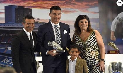 Ronaldo bị tố trốn thuế: 'Ông trùm' giấu mặt trong vỏ bọc siêu sao