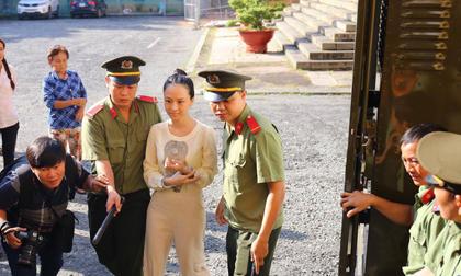 Vụ án Phương Nga: Hôm nay, người phụ nữ tên Nguyễn Mai Phương sẽ xuất hiện tại tòa?