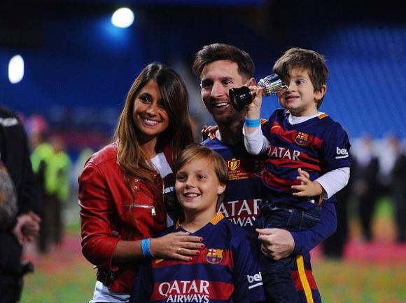 Vo Lionel Messi - de nhat phu nhan trong the gioi bong da hinh anh 2