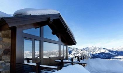 Nội thất choáng ngợp trong biệt thự 1.480 tỷ trên đỉnh núi tuyết