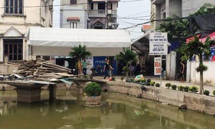 Vụ 4 người trong 1 dòng họ chết đuối ở Hà Nội: Hy vọng mong manh với nạn nhân cuối cùng