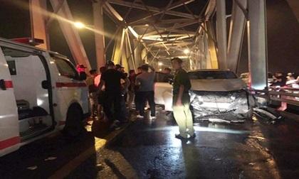 Tai nạn kinh hoàng trên cầu Chương Dương khiến 3 người tử vong