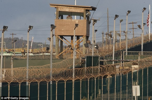 Ký ức kinh hoàng của tội phạm khủng bố trong nhà tù khét tiếng thế giới - 2