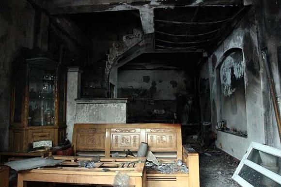 Nhìn lại những vụ cháy thương tâm vì nhà không có lối thoát