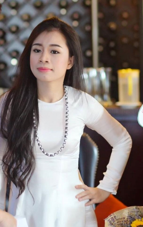 Nu ca si Viet qua doi o tuoi 31 vi ung thu da day hinh anh 2