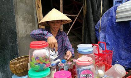 Vụ clip dùng nước rửa chân pha trà: Chủ quán trà đá đòi bồi thường