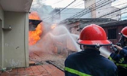 Hỏa hoạn thiêu rụi một căn nhà, một người chết cháy