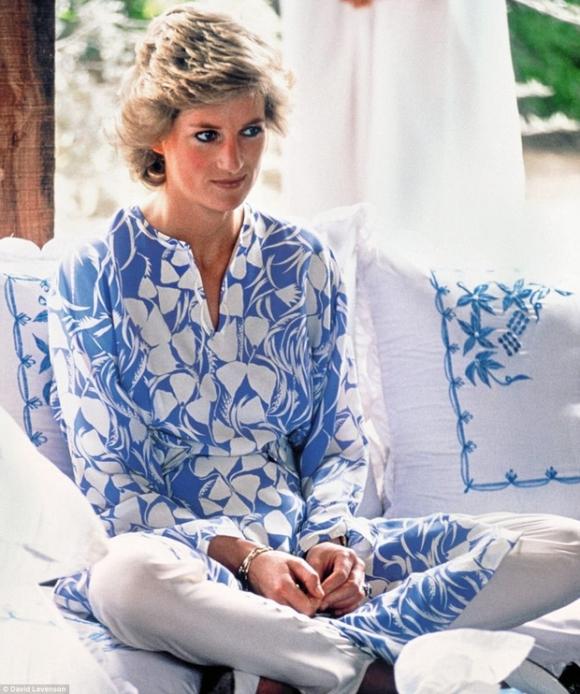 Bộ ảnh Công nương Diana từ thuở thiếu thời chưa từng được biết đến trước đây - Ảnh 14.