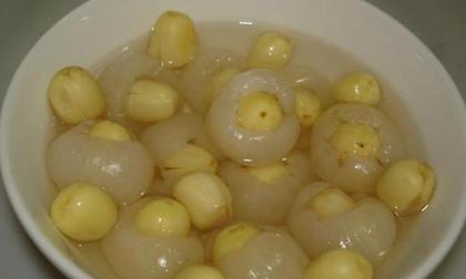 Cách làm chè long nhãn hạt sen ngọt thanh, mát lạnh giải nhiệt ngày nóng
